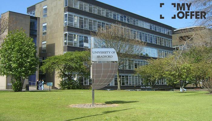 布拉德福德大学世界排名