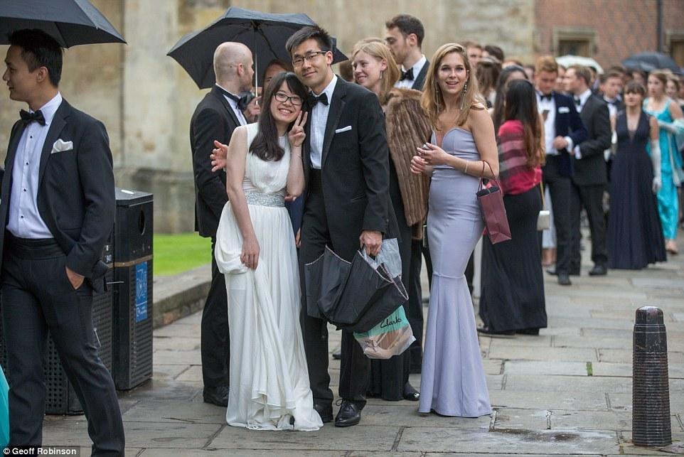 剑桥大学学霸也疯狂
