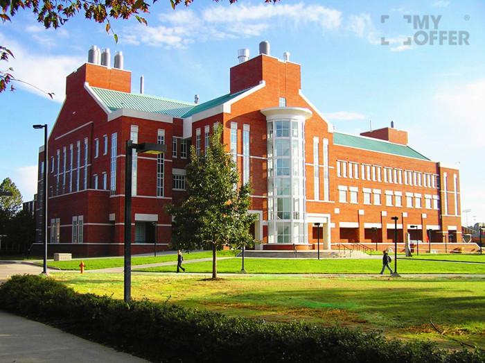 路易斯维尔大学录取条件