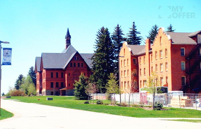蒙大拿大学学费