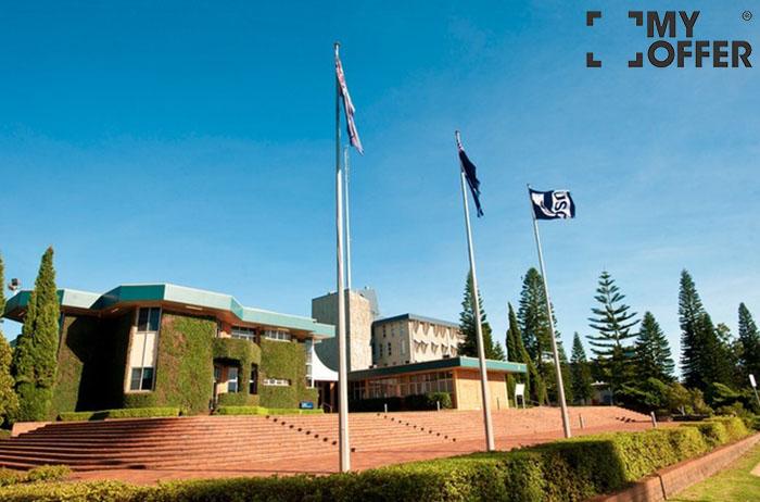 南昆士兰大学留学费用