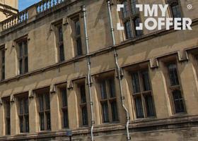 英国法学大学怎么样?它的法律专业有何不同?