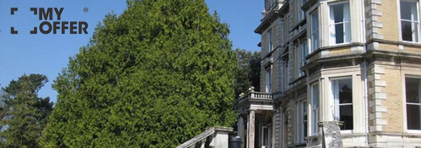 名校埃克塞特大学的留学费用是多少?