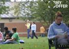 英国格林多大学留学费用贵吗?