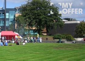 英国斯旺西大学宿舍生活到底有多丰富多彩?