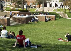 高中生赴英国留学的利弊分析