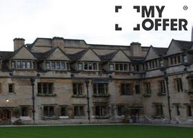 赴英国留学有多种方式可以交学费