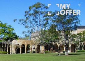 昆士兰大学世界排名,综合看名校