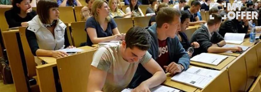 【小mo话留学】BBC揭秘英国灰色产业链,超两千学生参与其中