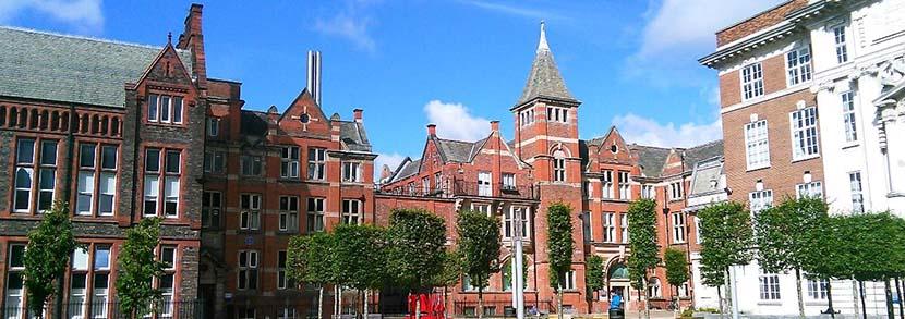 利物浦大学经济学学费一年多少?本科、硕士学费解析