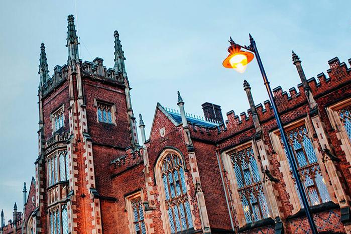 英国留学有哪些学校接受多邻国测试