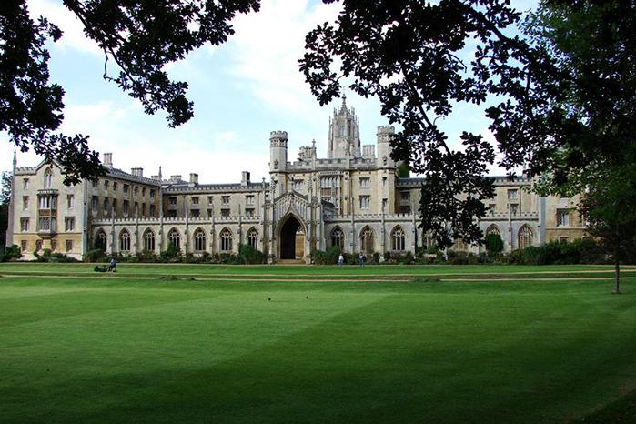 英国留学申请学校有哪些选择?看看这些美丽的海滨大学!