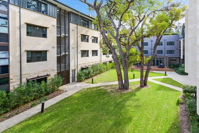 西澳大学综合排名