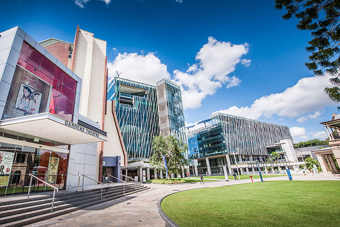 昆士兰科技大学综合排名