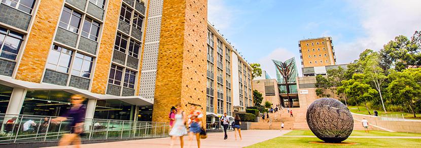 新南威尔士大学本科工程学费是多少