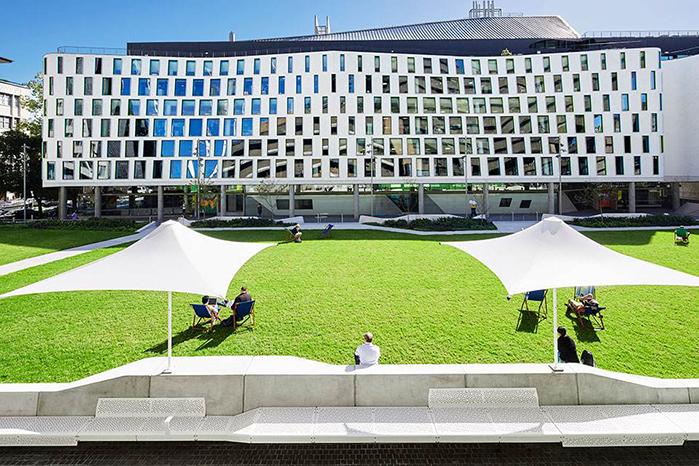 悉尼科技大学llm申请条件