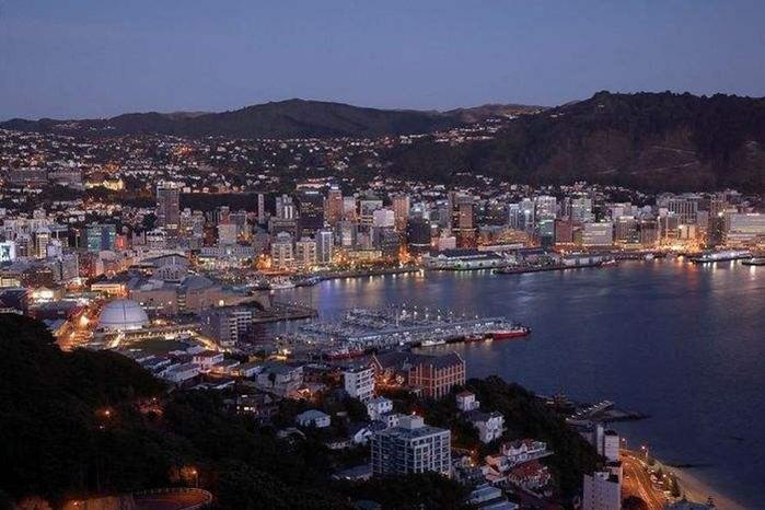 新西兰出国留学费用